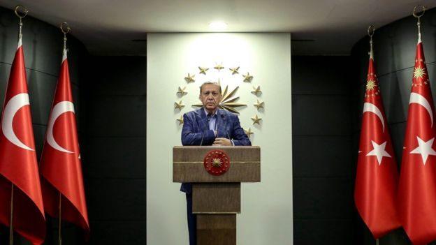 Туреччина проголосувала за розширення повноважень президента