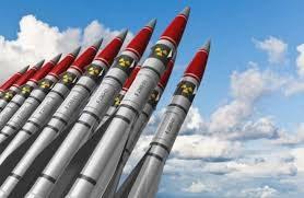 Трампу запропонували розмістити ядерні ракети в Південній Кореї і вбити Кім Чен Ина, – ЗМІ