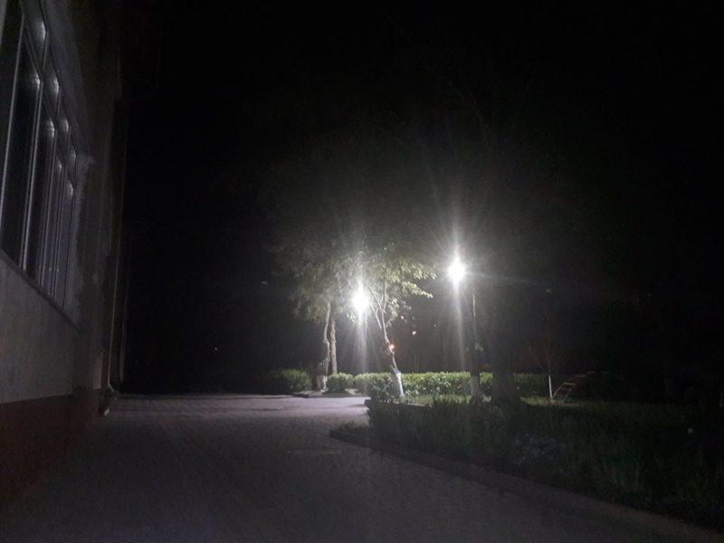Поблизу франківського дитсадка облаштували зовнішнє освітлення (ФОТО)
