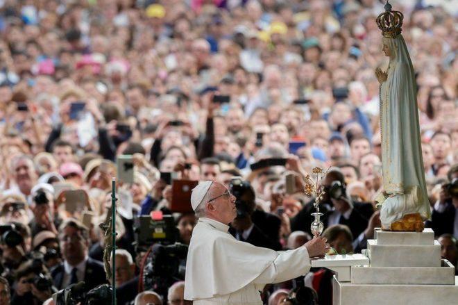 Папа Римський проголосив святими двох дітей