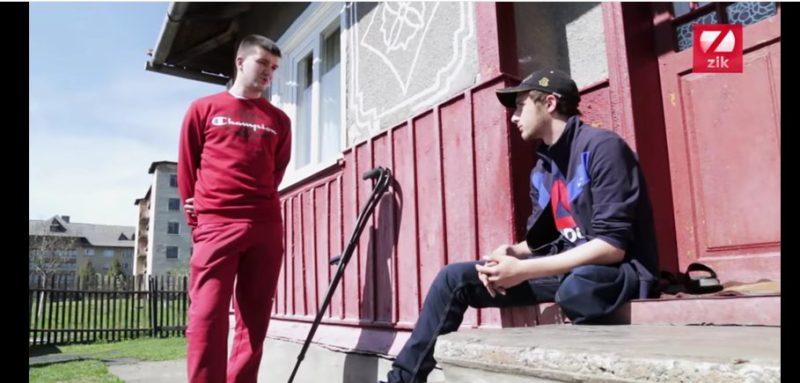 Чемпіон паралімпіади взявся допомагати в реабілітації юному прикарпатцю, котрий втратив ногу під потягом (ВІДЕО)