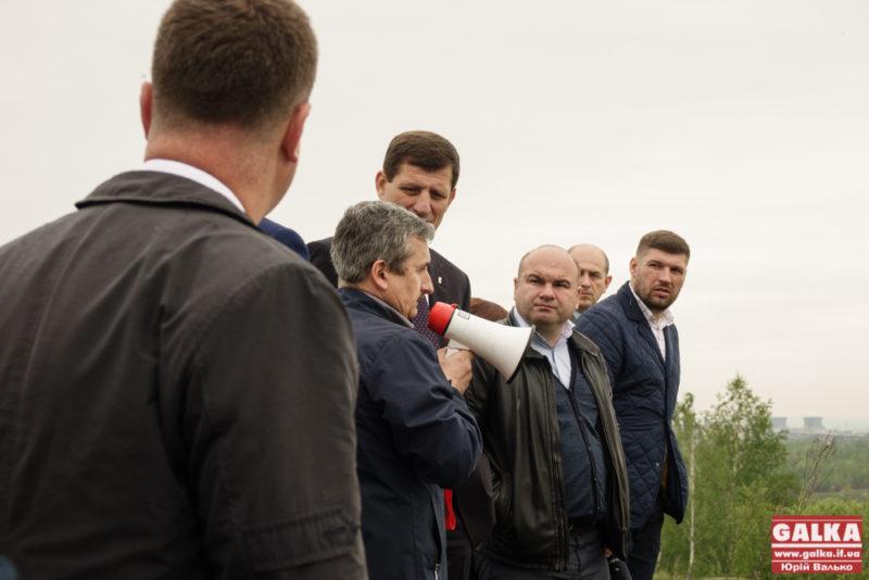 Обласні депутати відвідали хвостосховище на Калущині (ФОТО)