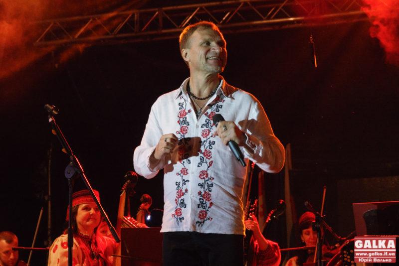 Скрипка та НАОНІ вразили енергією Франківськ (ФОТО, ВІДЕО)