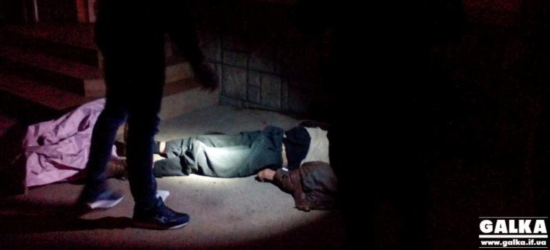 На Бельведерській знайшли тіло чоловіка з розбитою головою (ФОТО)
