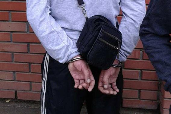 На Косівщині поліціянти затримали водія з наркотиками