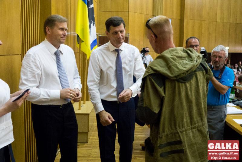 Прикарпатці отримали нагороди на сесії обласної ради (ФОТО)