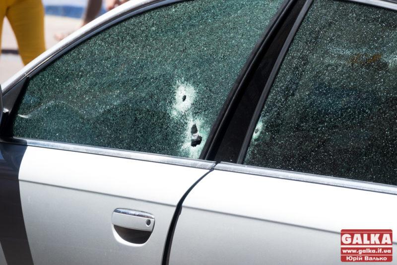 Стрілянина серед дня у центрі Франківська: поранений чоловік (ФОТО, ОНОВЛЕНО)