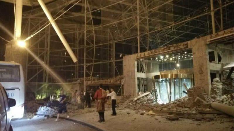 Землетрус у Китаї: 13 загиблих, 175 поранених
