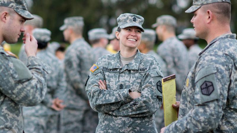 Військові-трансгендери судяться з Трампом через заборону служити в армії