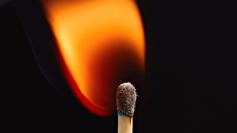 У Калуші горіло кондитерське виробництво, а на Надвірнянщині чоловік отримав опіки на пожежі