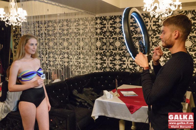 Десятки прикарпатських красунь змагалися за право потрапити на свято моди Star Face of the Season (ФОТО)