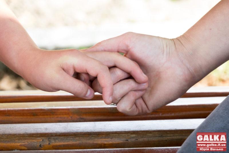Небайдужих просять допомогти врятувати важкохворого малюка з Коломиї