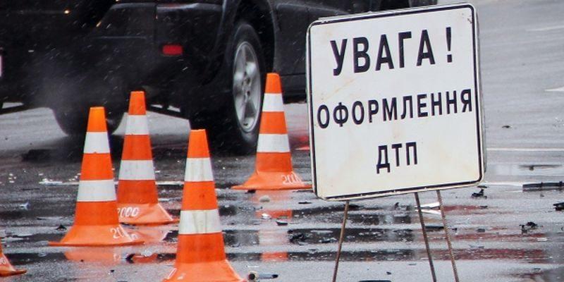 Вела пряму трансляцію в Instagram: у Чернівцях п'яна водійка потрапила у ДТП