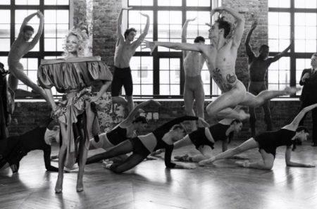 Секс-бомба й поганий хлопчик: Памела Андерсон і український танцюрист оголилися для глянцю (ФОТО)