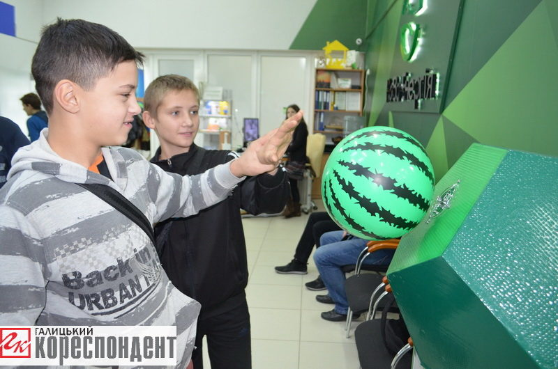 В Івано-Франківську організували День науки (ФОТО)