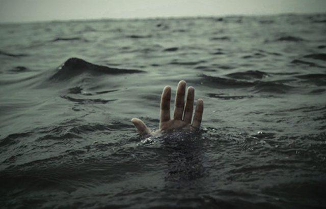 Прикарпатець упав у воду і не міг самостійно вибратися на берег