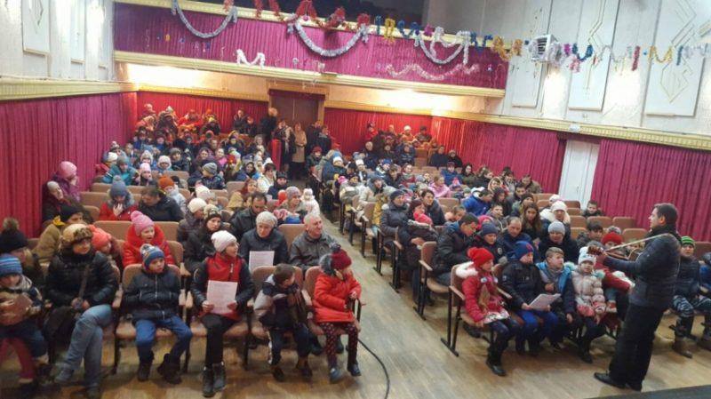 72 сім'ї Снятинщини отримали подарунки від благодійників