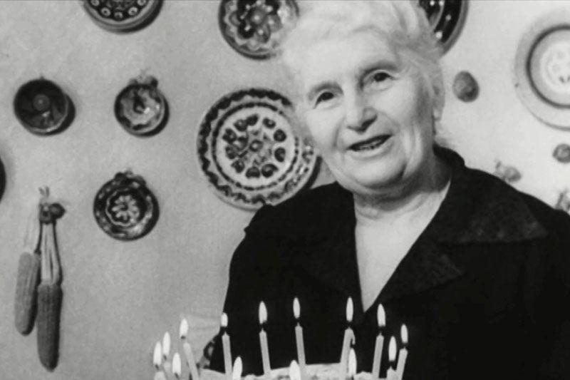 Оприлюднили раритетне новорічне відео із легендарною кулінаркою Дарією Цвєк (ВІДЕО)