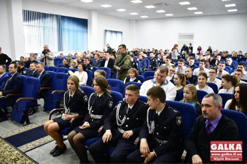 Другу річницю роботи патрульної поліції відзначили у Франківську (ФОТО)