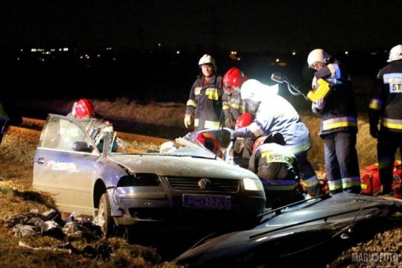 У зіткненні з потягом у Польщі загинули четверо українців (ВІДЕО)