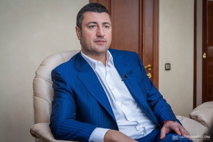 У справі розкрадання мільярдного кредиту затримані менеджери прикарпатського олігарха Бахматюка