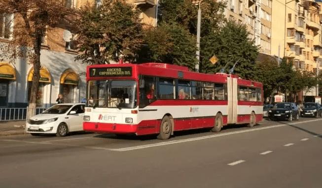 """В Івано-Франківську оголосили тендер на будівництво тролейбусної лінії """"Вокзал – АС №3"""""""