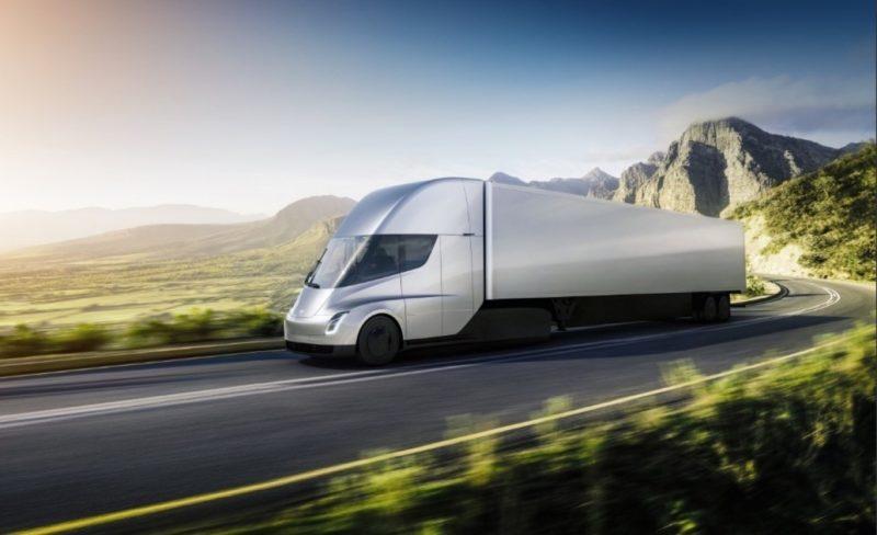 Безпілотна фура Tesla вперше доставила вантаж
