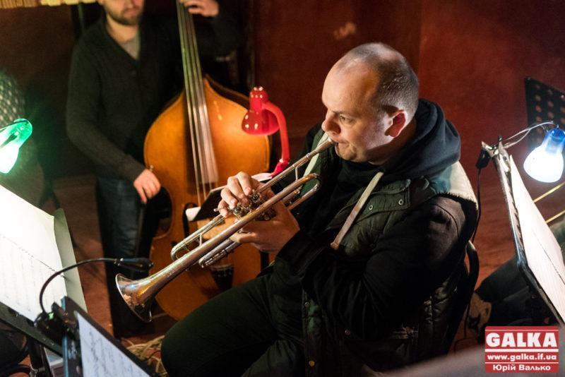 симфонічний оркестр-8115