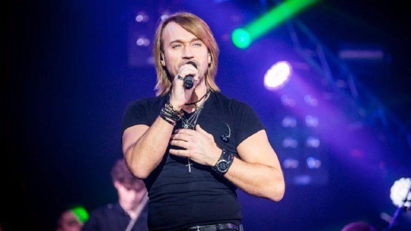 Франківців запрошують на концерт Олега Винника 7fe3d71363fc9