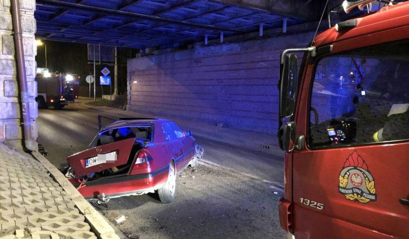 У Вроцлаві автомобіль з українцями потрапив у аварію, є постраждалі (ФОТО)