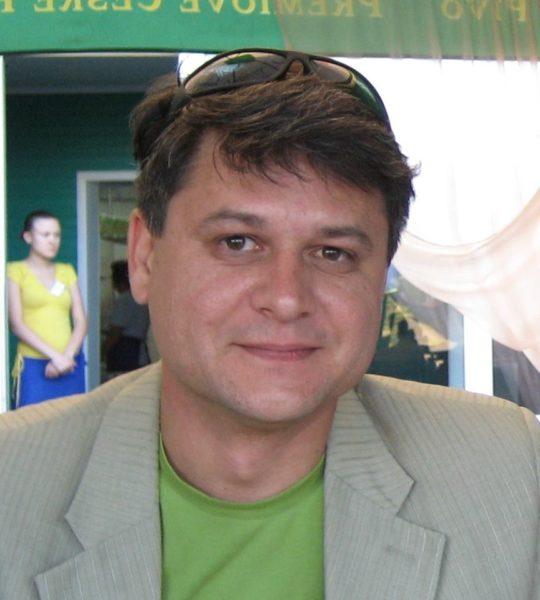 Мені вже важко думати російською, – переселенець з Луганщини розповів про життя у Франківську