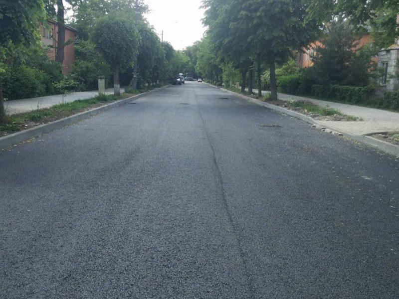 В управлінні капітального будівництва розповіли, які дороги та двори ремонтуватимуть цього року
