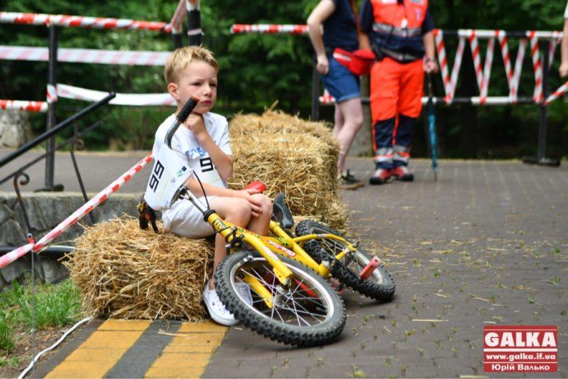 У День Прапора в Івано-Франківську влаштують дитячий велопробіг (ПРОГРАМА)
