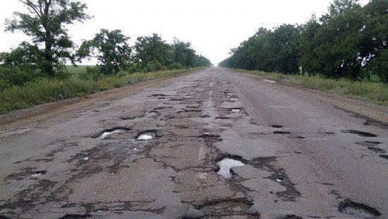 Капремонт усіх доріг України вартує 2 трильйони гривень, – Укравтодор