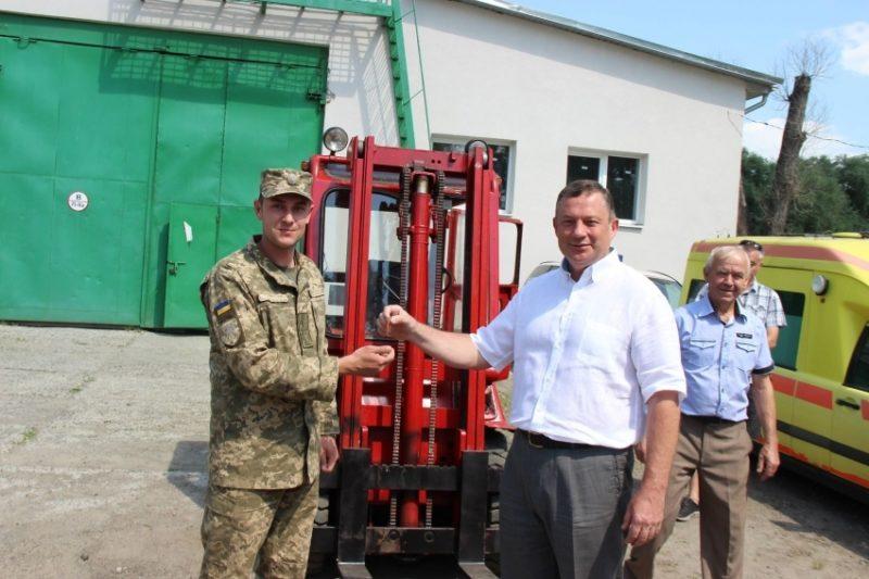 10 гірсько-штурмова бригада отримала автонавантажувач (ФОТО)
