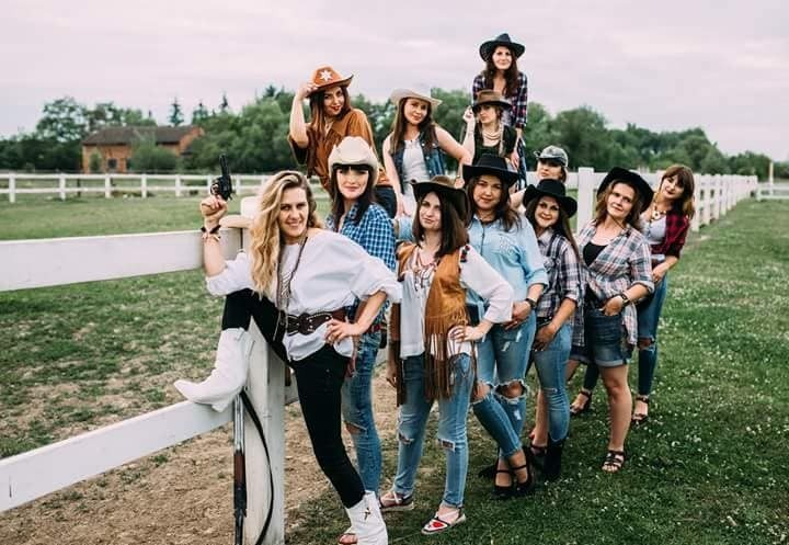 Калуські красуні влаштували ковбойську вечірку (ФОТО)