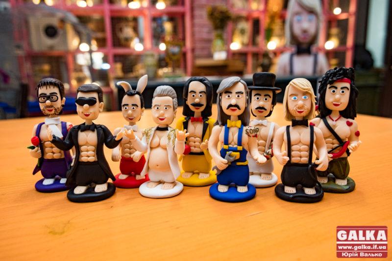 У Франківську презентували міні-іграшки українських зірок 18+ (ФОТО)