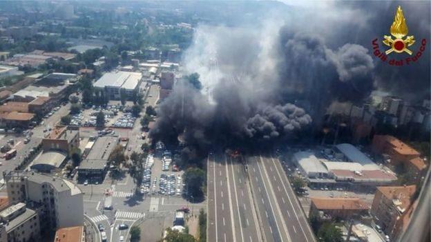 У Болоньї на трасі вибухнув бензовоз: дві людини загинули, 14 – у важкому стані (ВІДЕО)