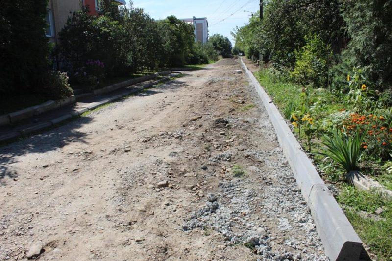 У Франківську облаштовують ще одну вулицю (ФОТО)