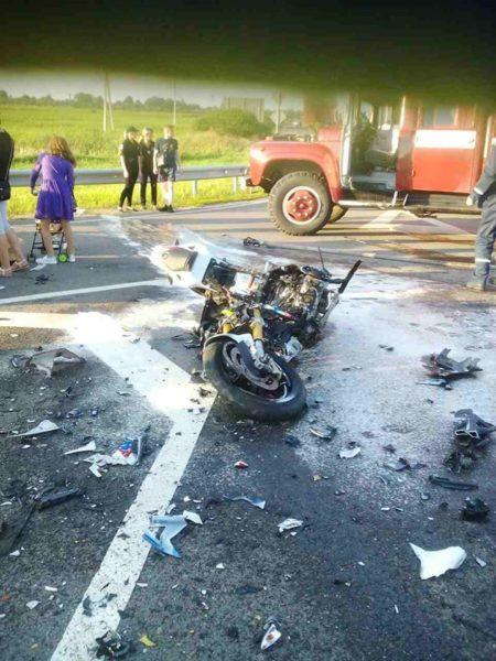 На трасі Київ-Чоп розбився на смерть 27-річний мотоцикліст з Франківщини (ФОТО)