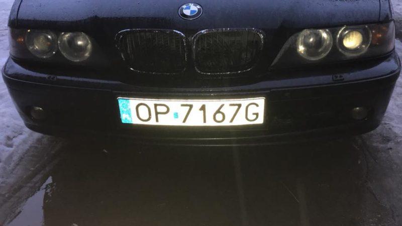 """У Франківську вночі викрали """"BMW"""" на єврономерах (ФОТО)"""