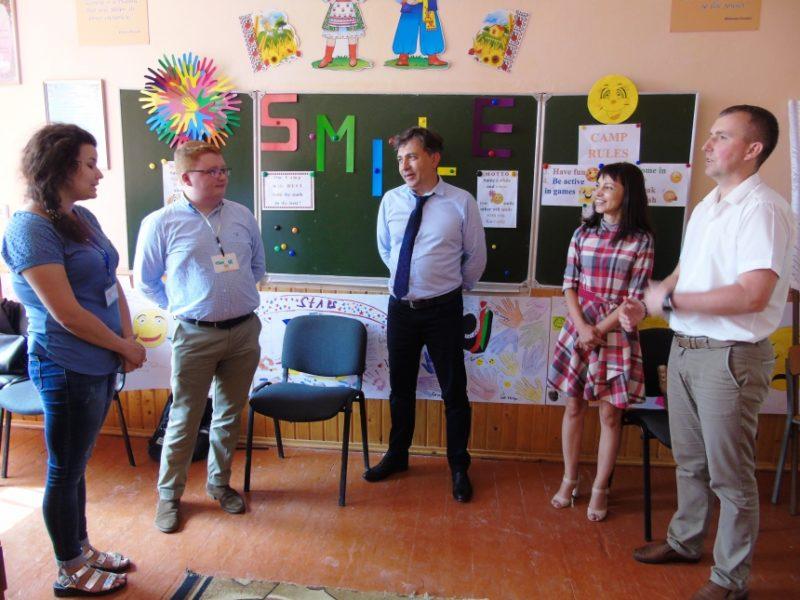 Іноземні волонтери допомогли школярам Прикарпаття вдосконалити англійську (ФОТО)