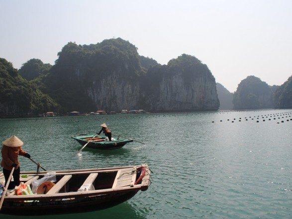 У Китаї затонуло судно: двоє людей загинули, троє зникли безвісти
