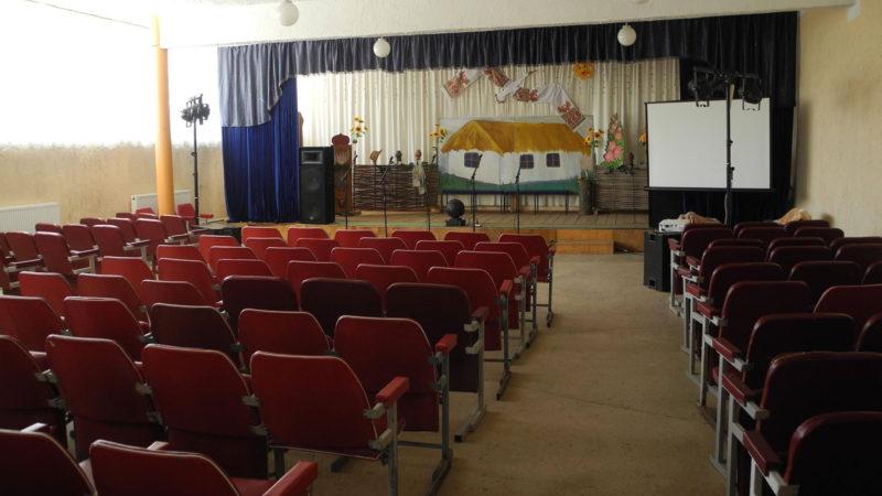 Замість шкільного корпусу на Рогатинщині хочуть відремонтувати клуб
