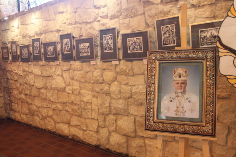 У Франківську відкрили виставку «Графіка. Храми Івано-Франківщини» (ФОТО)
