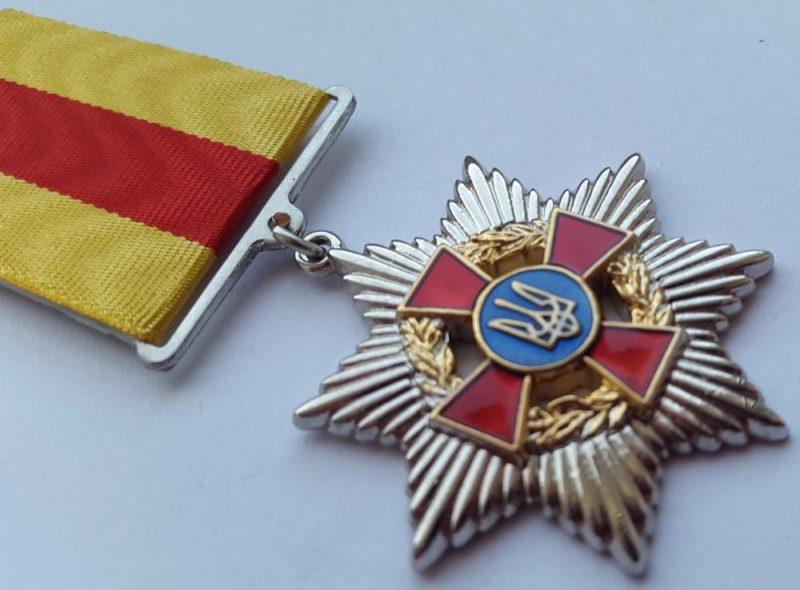 Коломийські медики отримали медалі від Міністерства оборони України (ВІДЕО)