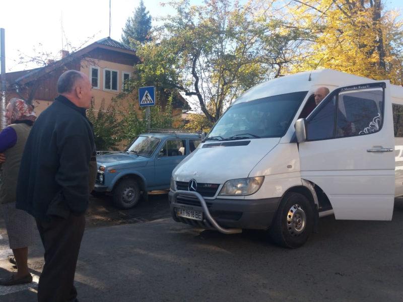 На Івано-Франківщині перекрили ще одну дорогу (ФОТО)