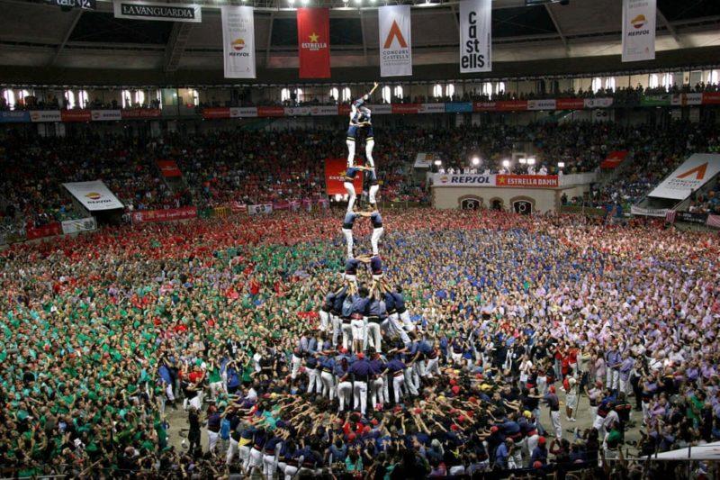 """На змаганнях в Іспанії будували """"замки з людей"""" (ФОТО, ВІДЕО)"""