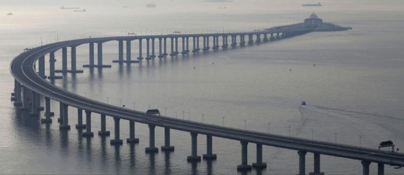 У Китаї відкрили найдовший у світі міст (ВІДЕО)