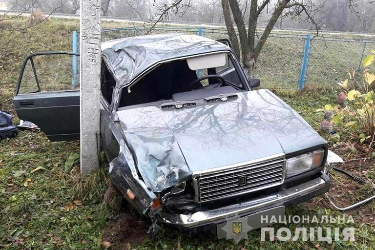 У Поляниці п'яний чоловік викрав автівку і втікаючи вчинив ДТП (ФОТОФАКТ)